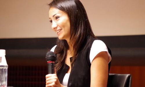 """第9回UNHCR難民映画祭(2014年)のオープニングを飾った『ボーダー~戦火のシリアを逃れて~』で主演を務めたシリア人のダナ・ケイラニさん。/ Dana Keilani, starred as the main character in """"Border"""" (9th, 2014)"""