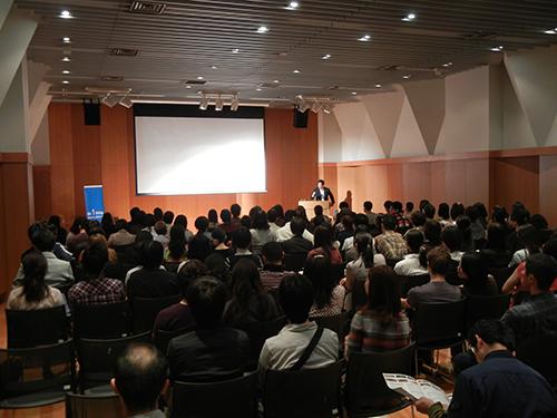第6回UNHCR難民映画祭(2011年)では青山学院大学のご協力ではじめてアスタジオを上映会場として使用させていただきました。/ First screening at Aoyama Gakuin Astudio in 2011 (6th)